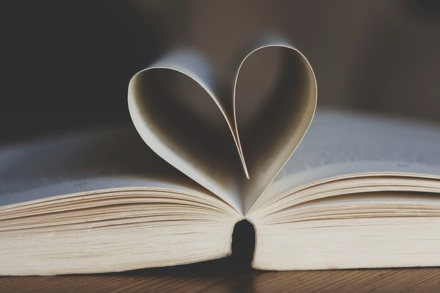 best-digital-marketing-resources-library-open-book-love